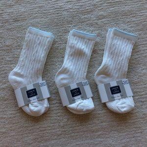 Janie and Jack White Ribbed Socks Blue Trim